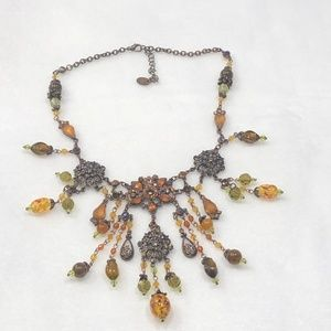 CRYSTAL AND GLASS BEAD BIB DANGLE NECKLACE